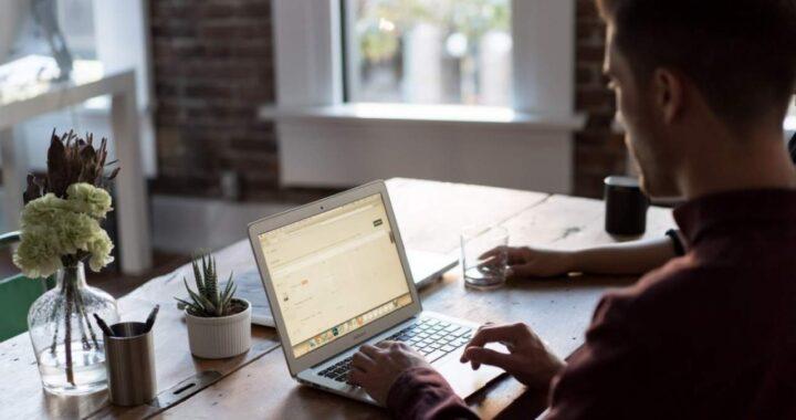 Cómo crear ambiente de teletrabajo en casa