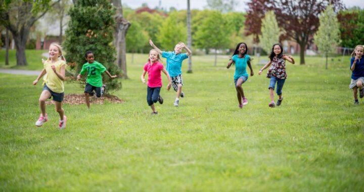 ¿Cómo escoger campamento de verano para niños? Aventurarte