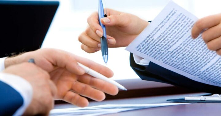 La solución de Víctimas del Crédito para anular contratos de tarjetas de crédito por cláusula abusiva