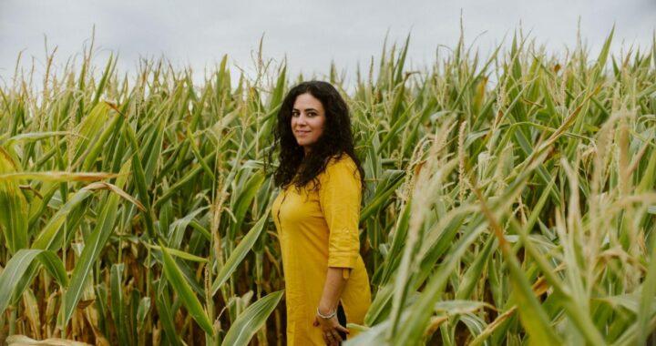 La terapeuta Lola Peña muestra los beneficios de la medicina natural Ayurveda