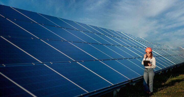 Las industrias apuestan por las placas fotovoltaicas, por Ingeniería MASRED