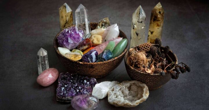 Las ventajas de la tienda online Gemas Canarias que vende piedras chakras